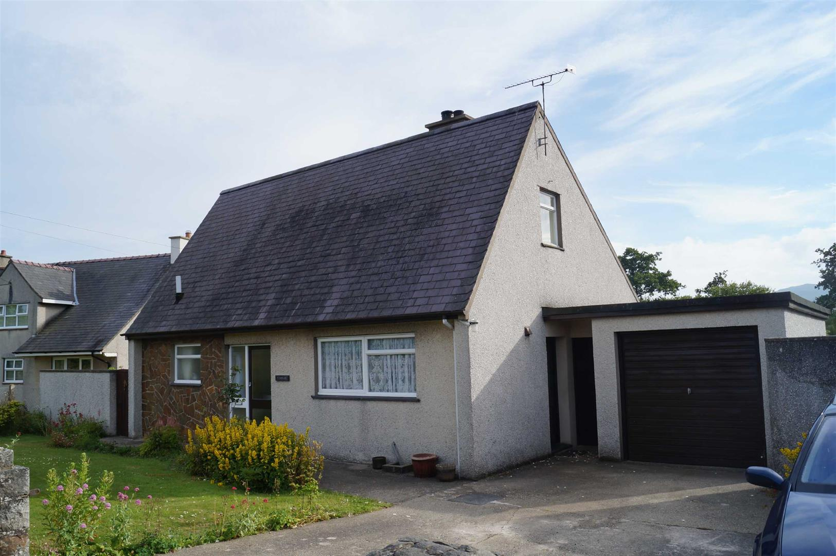 Rhydyclafdy - £225,000/Or nearest offer